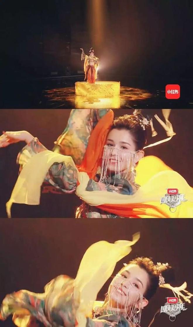 """Mê đắm nhan sắc mỹ nhân Tân Cương đang được cả Trung Quốc """"lùng sục"""" - Ảnh 2."""