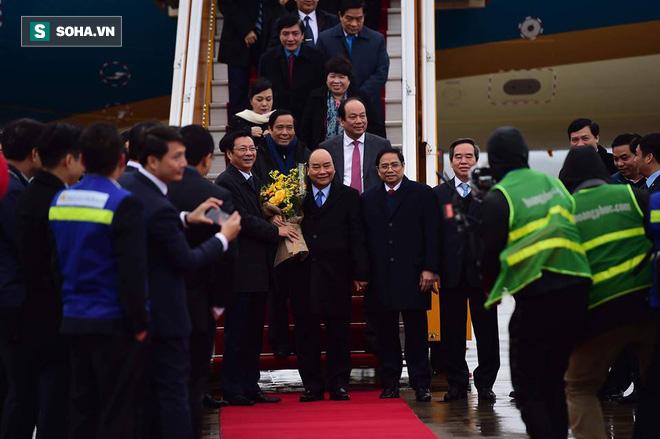 Thủ tướng bấm nút khánh thành sân bay Vân Đồn - Ảnh 8.