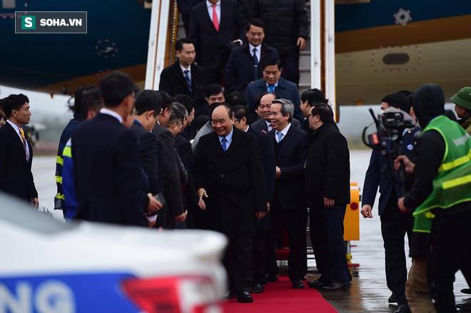 Thủ tướng bấm nút khánh thành sân bay Vân Đồn - Ảnh 9.