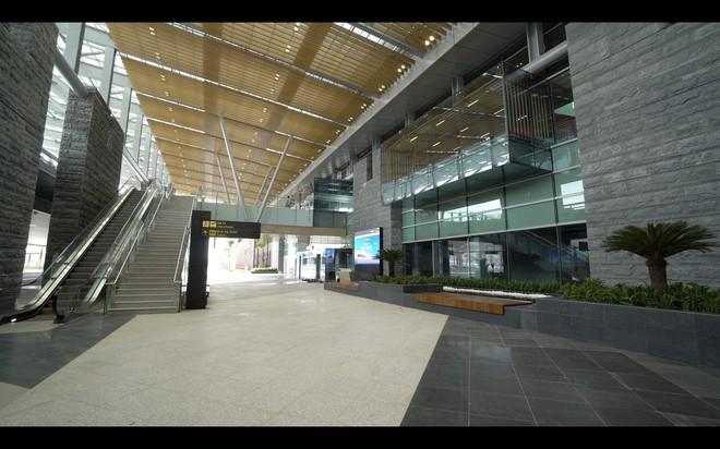 Thủ tướng bấm nút khánh thành sân bay Vân Đồn - Ảnh 22.