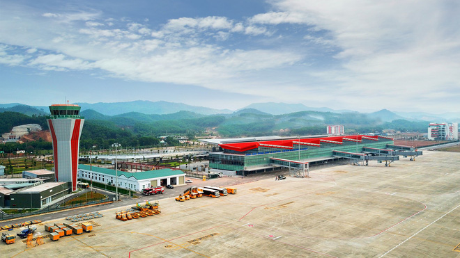 Thủ tướng bấm nút khánh thành sân bay Vân Đồn - Ảnh 18.
