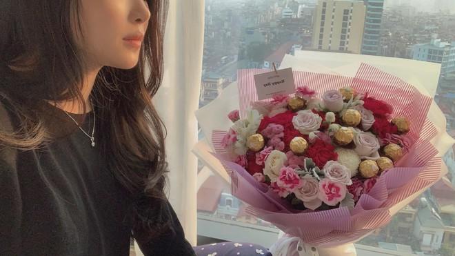 Hotgirl thẩm mỹ Vũ Thanh Quỳnh: 2 năm trước bị quỵt lương, nay nhan sắc thăng hạng, được người bí ẩn tặng hoa mỗi ngày - Ảnh 8.