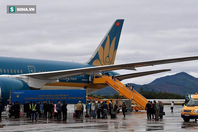 Thủ tướng bấm nút khánh thành sân bay Vân Đồn - Ảnh 13.