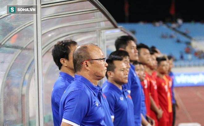 Báo Hàn Quốc: Chúng ta đã bỏ phí tài năng của HLV Park Hang-seo, thật thất vọng biết bao!