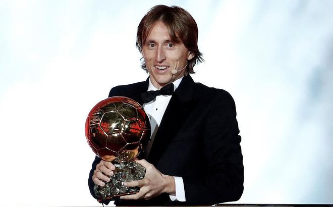 """Nhận số phiếu vượt trội, Modric """"ẵm"""" QBV 2018, cho Ronaldo - Messi thành dĩ vãng"""