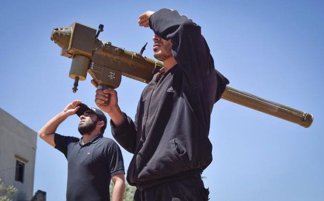 """3 vũ khí """"lạ"""" nhất Nga thu được ở Syria: Có thứ trở thành ác mộng kinh hoàng của Moscow"""