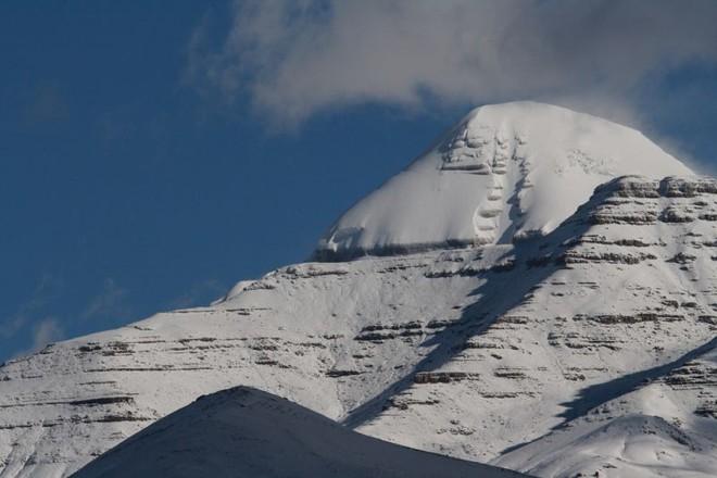 Tứ đại đỉnh núi của dãy Himalaya: Thế giới bí mật chưa có bước chân con người - Ảnh 5.