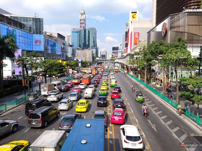 Mang điện thoại 4 camera sang Bangkok chơi, đây là những gì mà tôi có được - Ảnh 12.