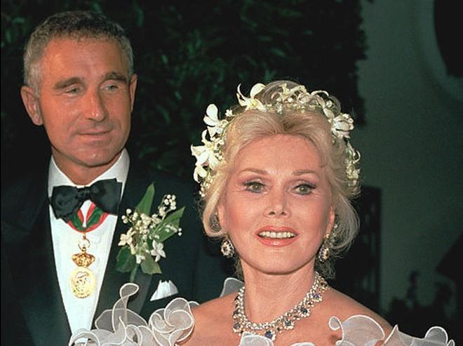 Cuộc đời bi kịch của đại tiểu thư dòng họ Hilton: Không được gia đình thừa nhận, chết một mình trong hiu quạnh ở tuổi 67 - Ảnh 6.