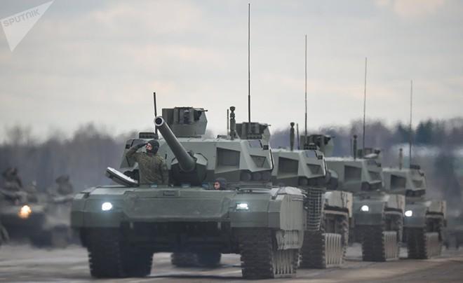 Kíp lái xe tăng M1 Abrams Mỹ nghĩ gì về xe tăng T-14 Armata Nga: Câu trả lời chân thực? - Ảnh 1.