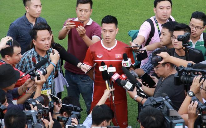 """""""Trò cưng"""" một thời của HLV Miura sẽ đá chính trong trận Việt Nam vs Philippines?"""