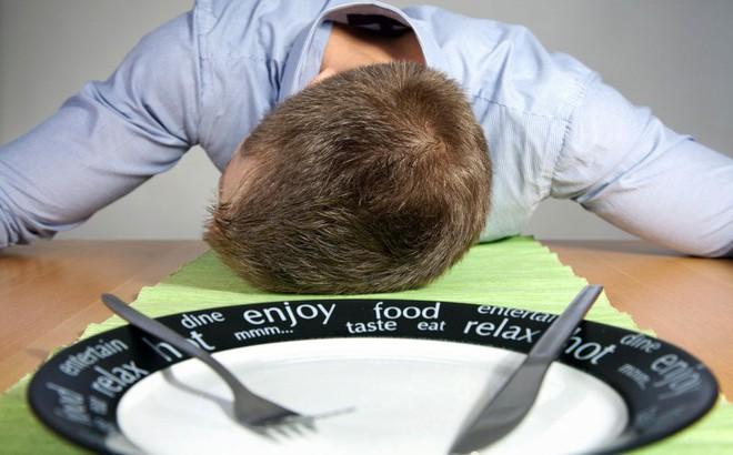 Sau khi ăn xuất hiện triệu chứng này trong 2 tuần, bạn nên cảnh giác với 3 loại ung thư
