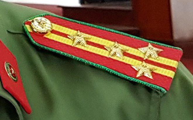 """Hai đại tá là trưởng công an huyện, thị xã ở Sóc Trăng xin nghỉ hưu """"non"""""""