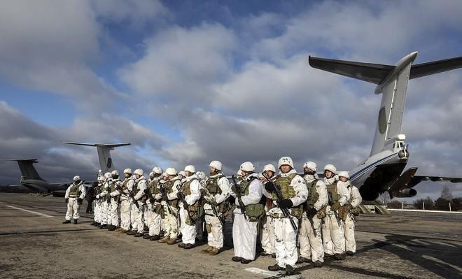 [ẢNH] Nga nổi giận khi Không quân Ukraine đưa đơn vị tấn công xung kích tới sát biên giới - Ảnh 2.
