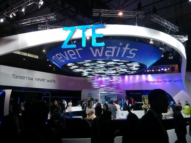Bắt CFO Huawei: Mỹ muốn làm con cưng của Trung Quốc chết ngạt - Ảnh 1.