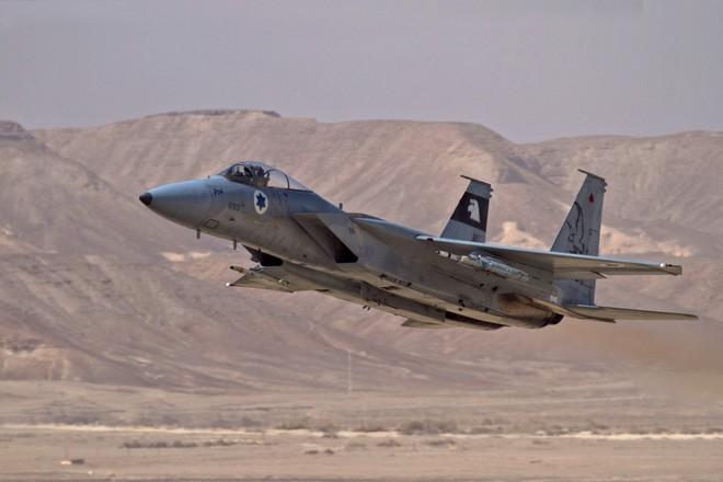Chiến đấu cơ F-15 Israel bắn hạ 2 tiêm kích MiG của Syria và những khoảnh khắc huy hoàng - Ảnh 1.