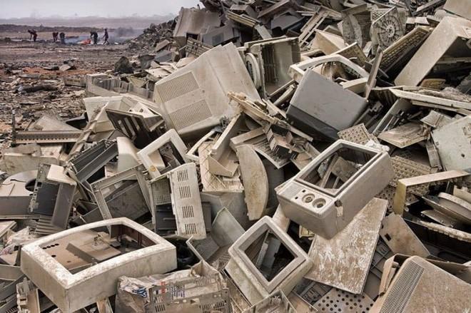 Giật mình 15 bức ảnh tố con người đang rất tàn nhẫn với Trái đất - Ảnh 13.