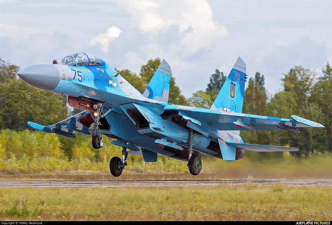 [ẢNH] Nga nổi giận khi Không quân Ukraine đưa đơn vị tấn công xung kích tới sát biên giới - Ảnh 13.