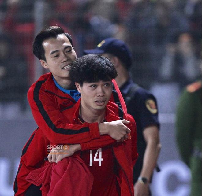 Lứa Quang Hải, Công Phượng đang ở đâu khi Việt Nam giành cúp vô địch AFF Cup 2008? - Ảnh 2.