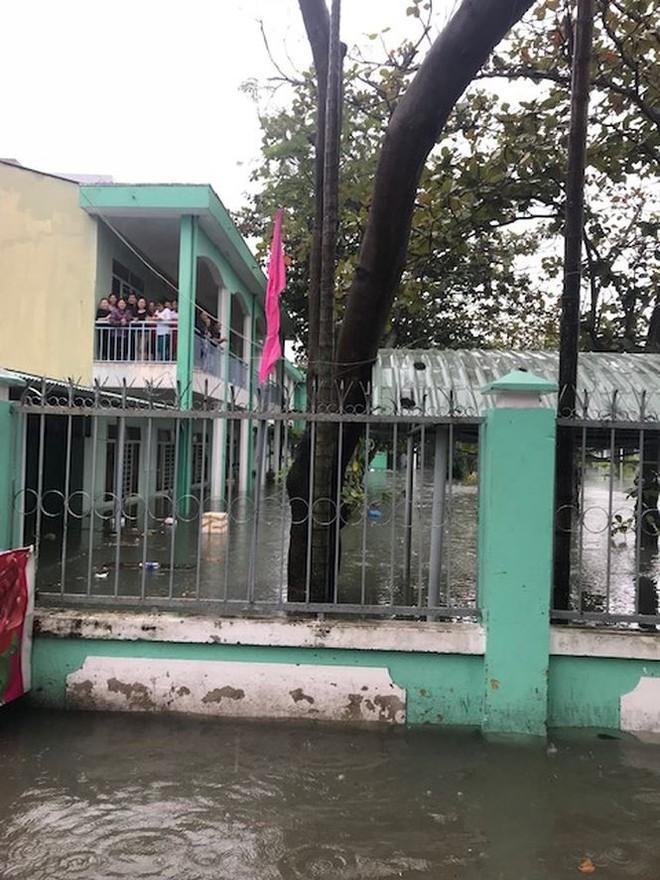 Học sinh 2 trường ở Đà Nẵng được nghỉ học ngày mai - Ảnh 1.
