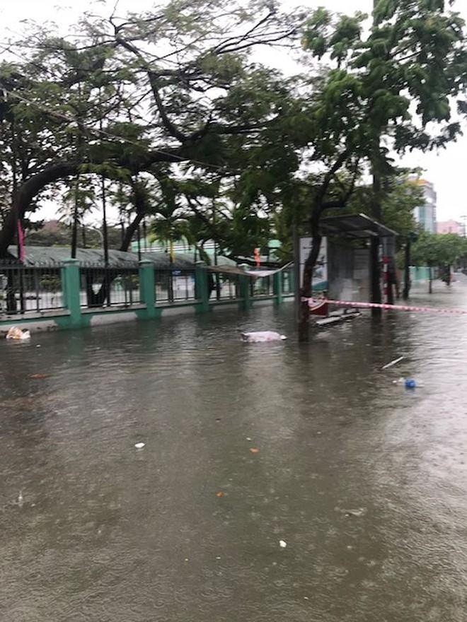 Học sinh 2 trường ở Đà Nẵng được nghỉ học ngày mai - Ảnh 2.