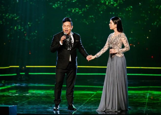 Anh trai ruột Quang Lê gây chú ý khi khoe giọng hát trước đám đông - Ảnh 7.