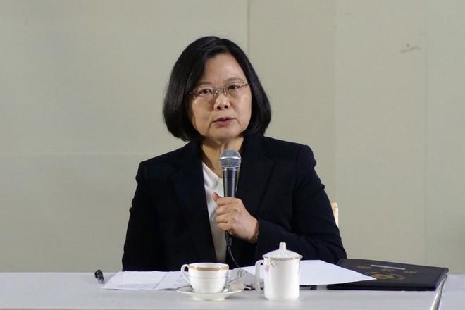 Đường bay mới của TQ sẽ là nguyên nhân thổi bùng khủng hoảng giữa hai bờ eo biển Đài Loan? - Ảnh 2.