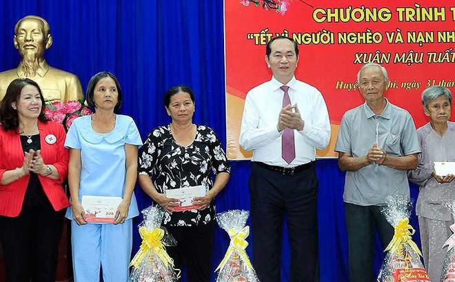 Chủ tịch nước trao quà Tết cho người nghèo huyện Củ Chi