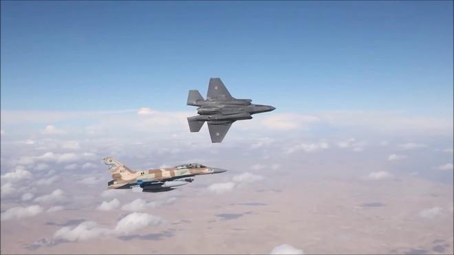 F-16 bị hạ, KQ Israel cấp tốc tung át chủ bài tiêm kích tàng hình F-35I Adir tham chiến? - Ảnh 2.