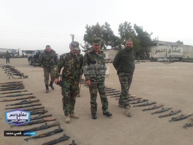 Quân đội Syria thu giữ lượng vũ khí sát thủ khổng lồ của IS: Nga, Mỹ đủ cả - Ảnh 1.