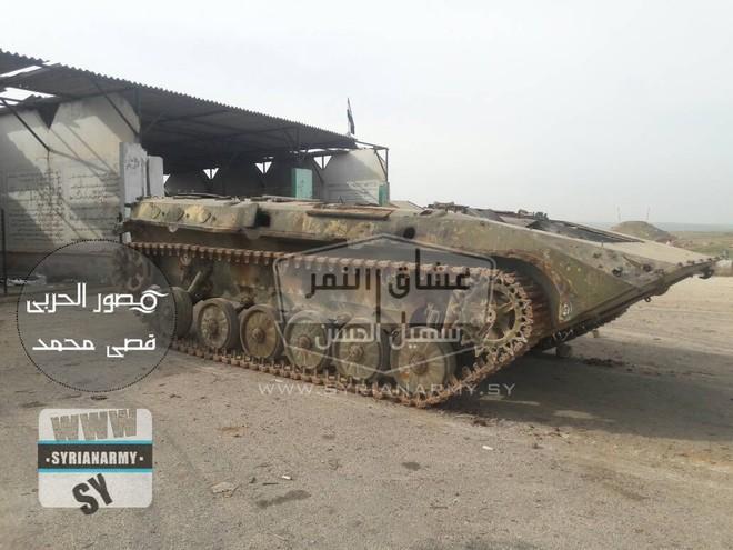 Quân đội Syria thu giữ lượng vũ khí sát thủ khổng lồ của IS: Nga, Mỹ đủ cả - Ảnh 13.