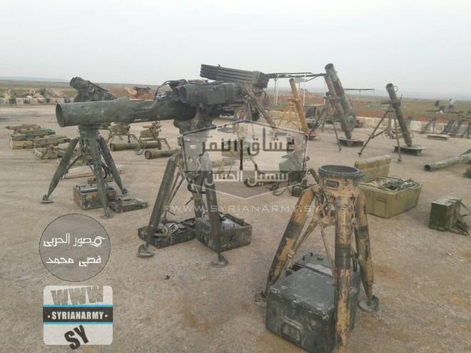 Quân đội Syria thu giữ lượng vũ khí sát thủ khổng lồ của IS: Nga, Mỹ đủ cả - Ảnh 3.