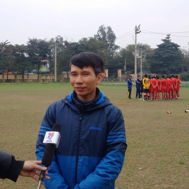 Quang Hải, Văn Hậu và Đức Huy truyền cảm hứng cho các cầu thủ trẻ - Ảnh 7.
