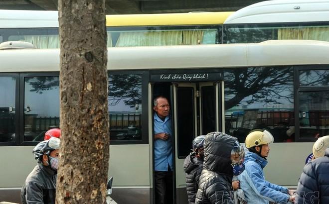 Đại tá Đào Vịnh Thắng: Xử lý nghiêm các nhà xe đón trả khách giữa đường