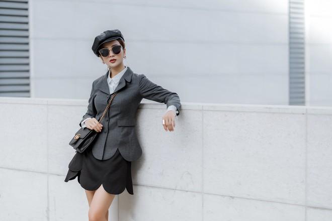 Kim Tuyến ăn mặc quyến rũ, sang chảnh đi dạo phố dịp cuối năm - Ảnh 14.