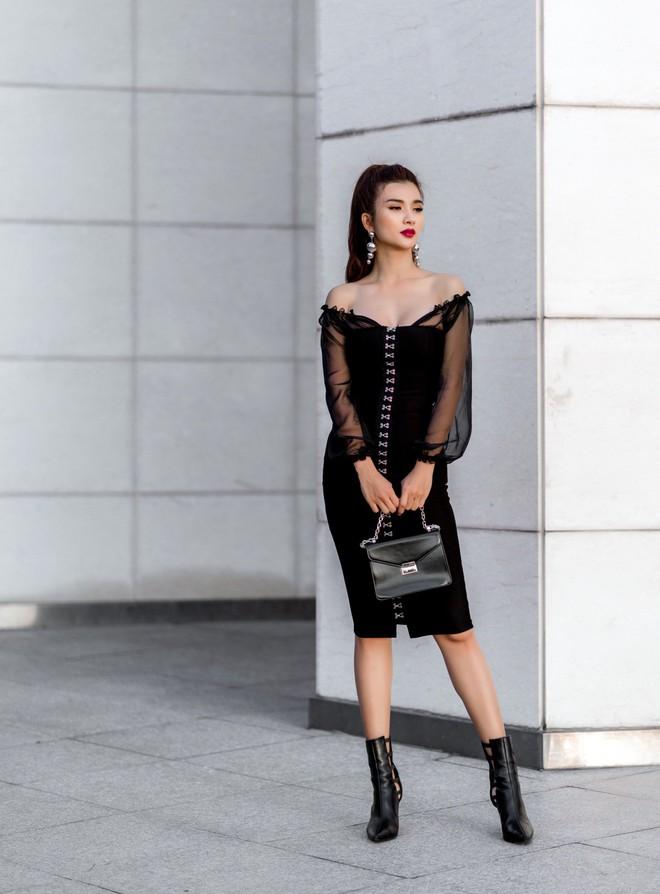 Kim Tuyến ăn mặc quyến rũ, sang chảnh đi dạo phố dịp cuối năm - Ảnh 7.