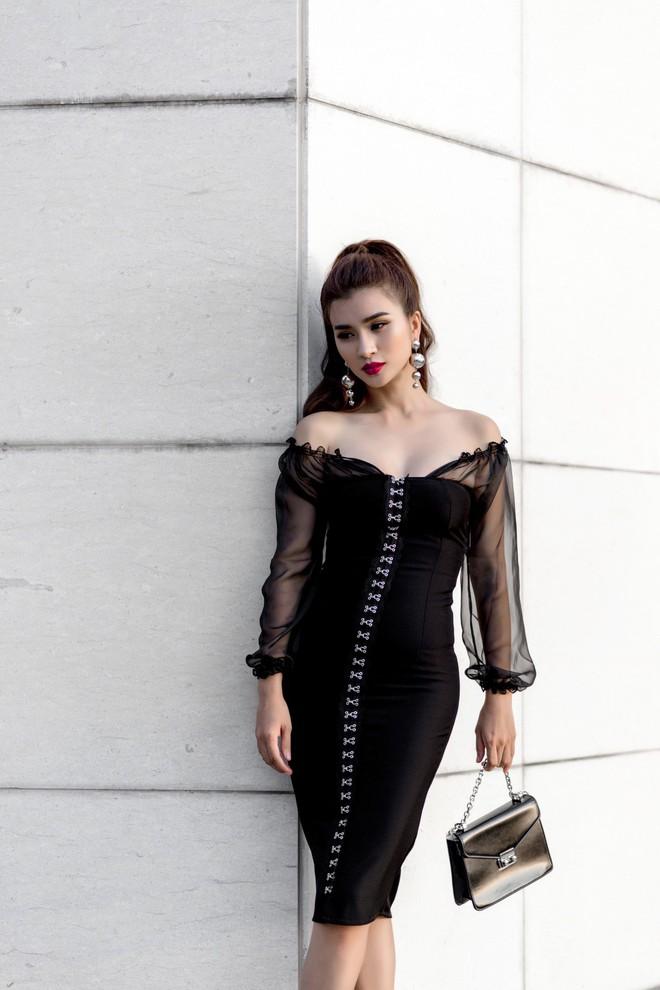 Kim Tuyến ăn mặc quyến rũ, sang chảnh đi dạo phố dịp cuối năm - Ảnh 4.