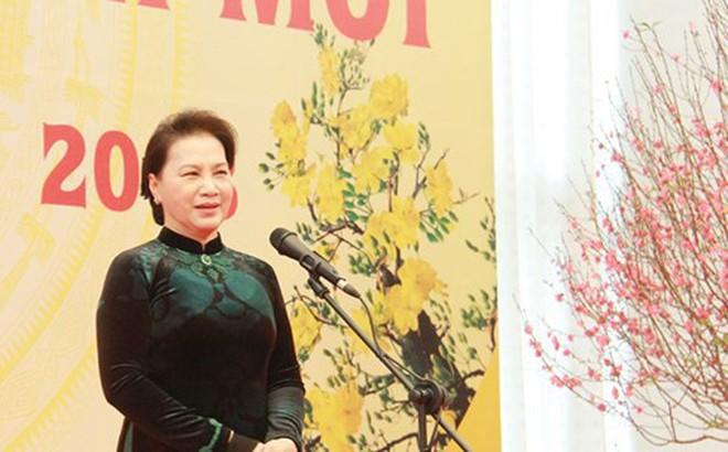Chủ tịch Quốc hội chúc Tết cán bộ, công chức, viên chức Văn phòng QH