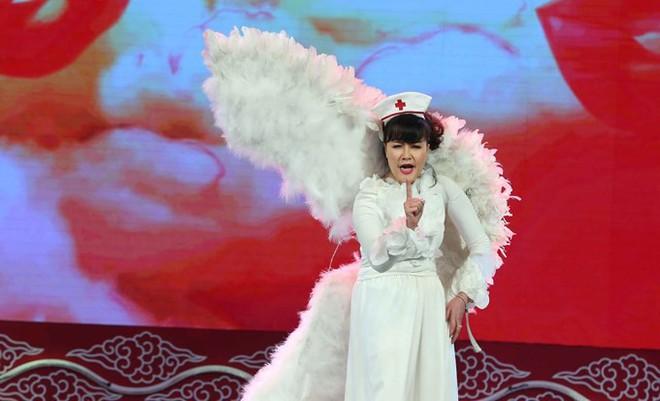 Ca sĩ Tùng Dương nhắn nhủ tới Táo Y tế Vân Dung - Ảnh 1.