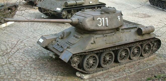 Báo Mĩ dìm hàng xe tăng T-90 Nga: Sự thật như thế nào? - Ảnh 1.