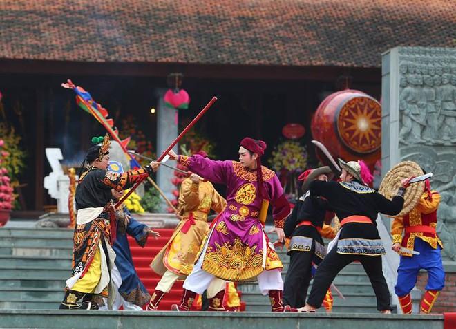 Thủ tướng Nguyễn Xuân Phúc dự lễ hội kỷ niệm 229 năm chiến thắng Ngọc Hồi - Đống Đa - Ảnh 3.