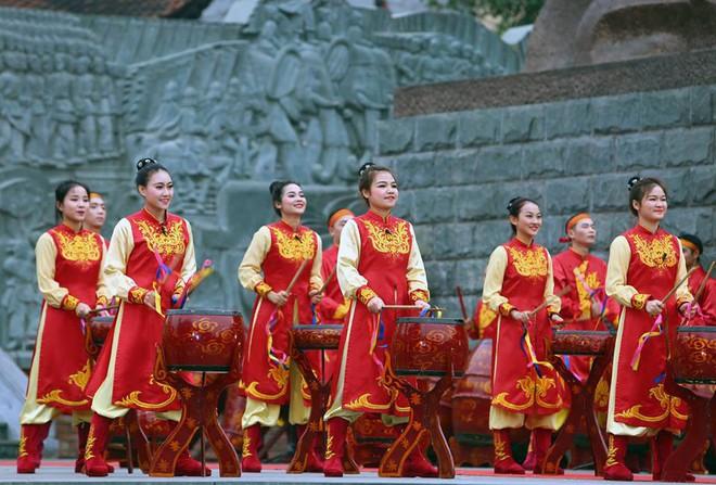 Thủ tướng Nguyễn Xuân Phúc dự lễ hội kỷ niệm 229 năm chiến thắng Ngọc Hồi - Đống Đa - Ảnh 6.