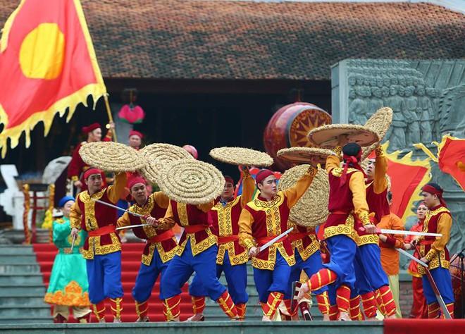 Thủ tướng Nguyễn Xuân Phúc dự lễ hội kỷ niệm 229 năm chiến thắng Ngọc Hồi - Đống Đa - Ảnh 7.