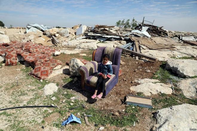 24h qua ảnh: Phút nghỉ ngơi của phiến quân gần điểm nóng chiến sự Afrin tại Syria - Ảnh 7.