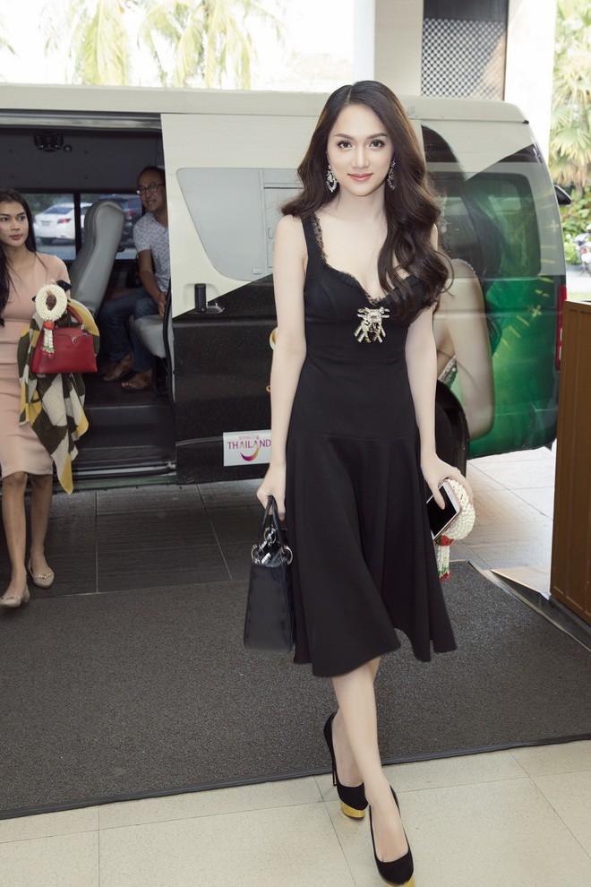 Vừa có mặt tham dự Hoa hậu Chuyển giới Quốc tế, Hương Giang đã xuất hiện nổi bật trên báo Thái - Ảnh 4.
