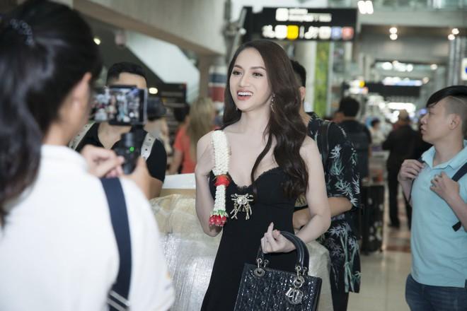 Vừa có mặt tham dự Hoa hậu Chuyển giới Quốc tế, Hương Giang đã xuất hiện nổi bật trên báo Thái - Ảnh 10.
