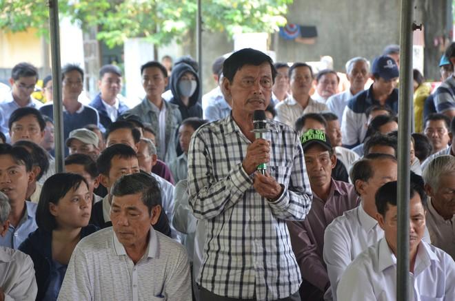 Vụ bao vây nhà máy gây ô nhiễm ở Đà Nẵng: Người dân bức xúc, chính quyền tiếp tục... ghi nhận - Ảnh 1.