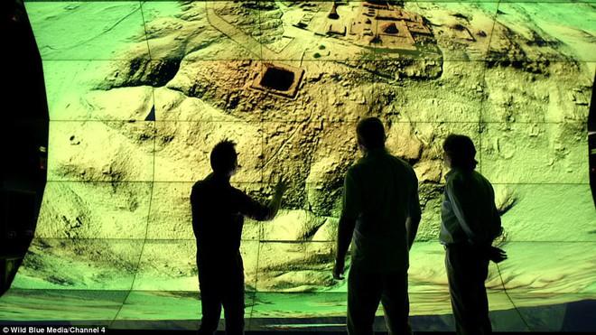 Phát hiện 60.000 kiến trúc bí ẩn của người Maya sâu trong rừng rậm ở Guatemala - Ảnh 2.