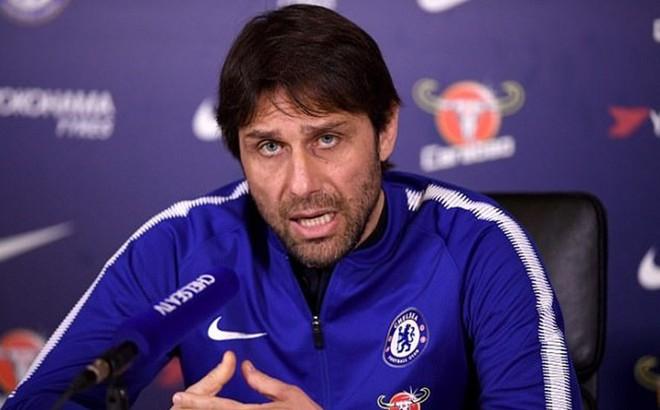 """Conte đang """"vỗ thẳng mặt"""" giới chủ Chelsea như thế nào?"""