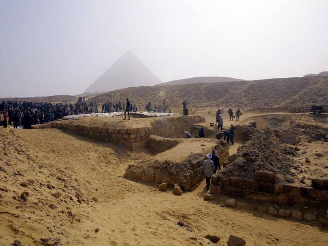 Phát hiện lăng mộ 4.400 năm tuổi, hé lộ nhân vật quan trọng trong lịch sử Ai Cập cổ đại - Ảnh 1.
